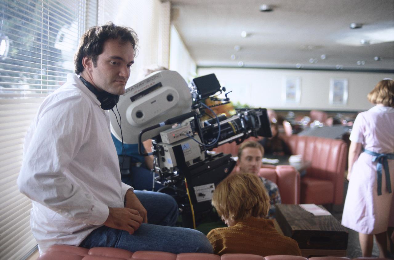 le réalisateur Quentin Tarantino sur le tournage du film Pulp Fiction